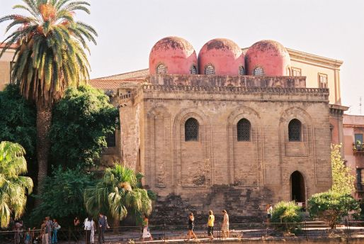 le cupole della chiesa di San Cataldo
